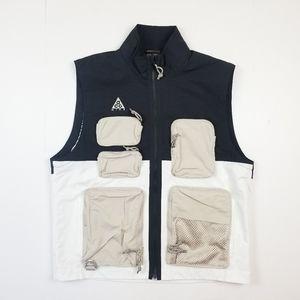 NWT Nike ACG Utility Techwear Multi Pockets Vest